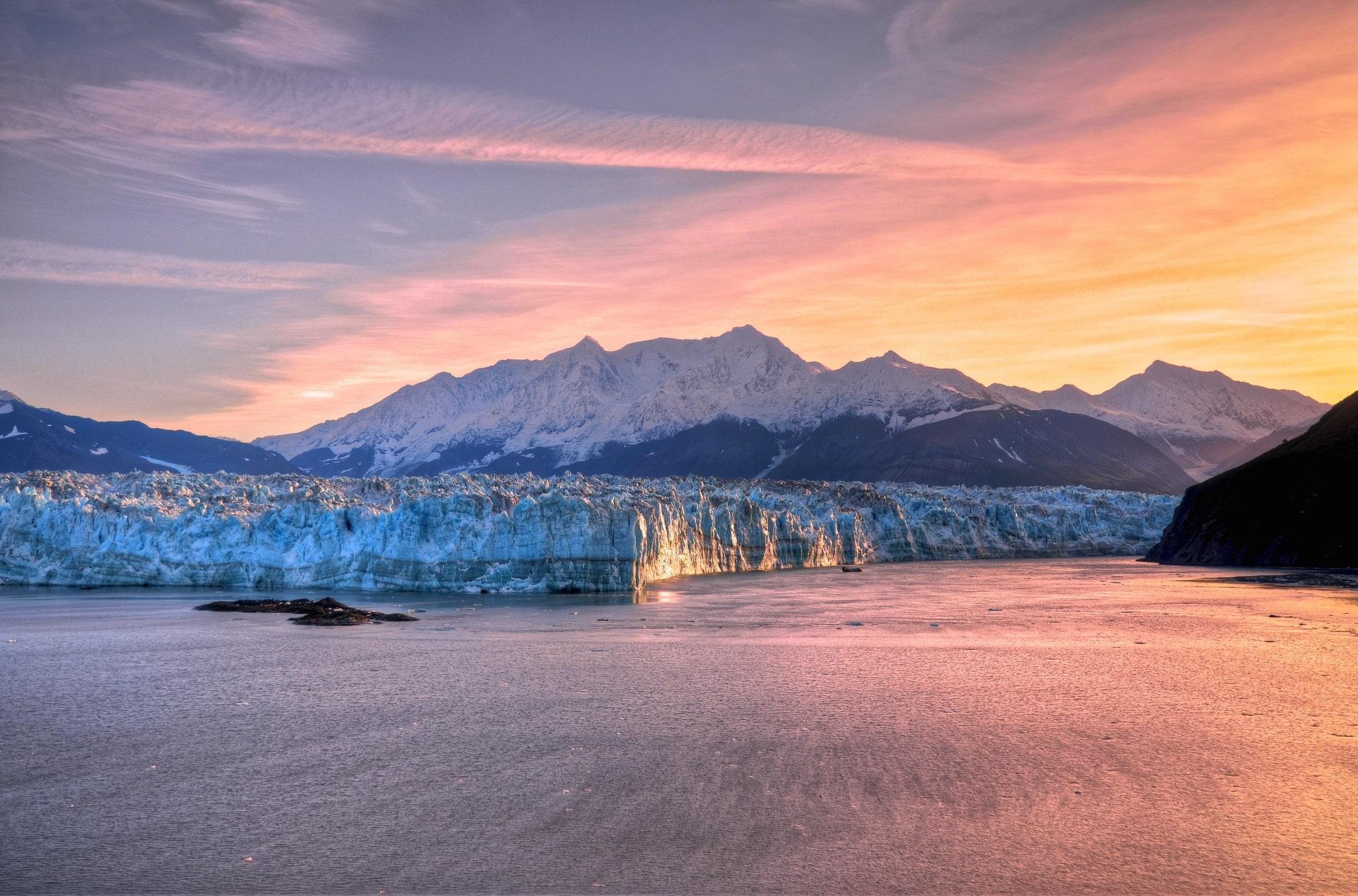 Hubbard-Glacier-Alaska