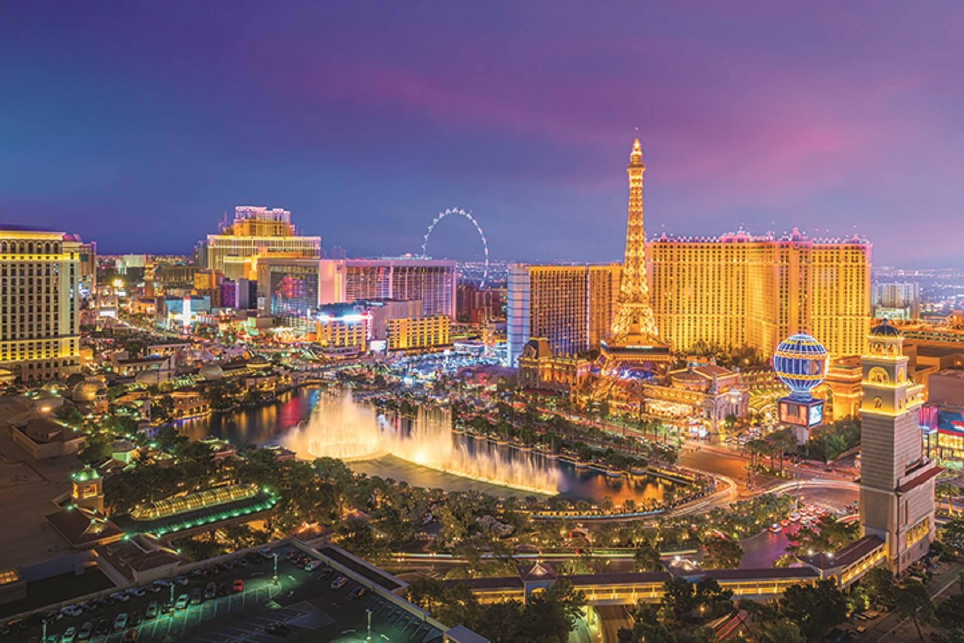 Las Vegas strip_566096050