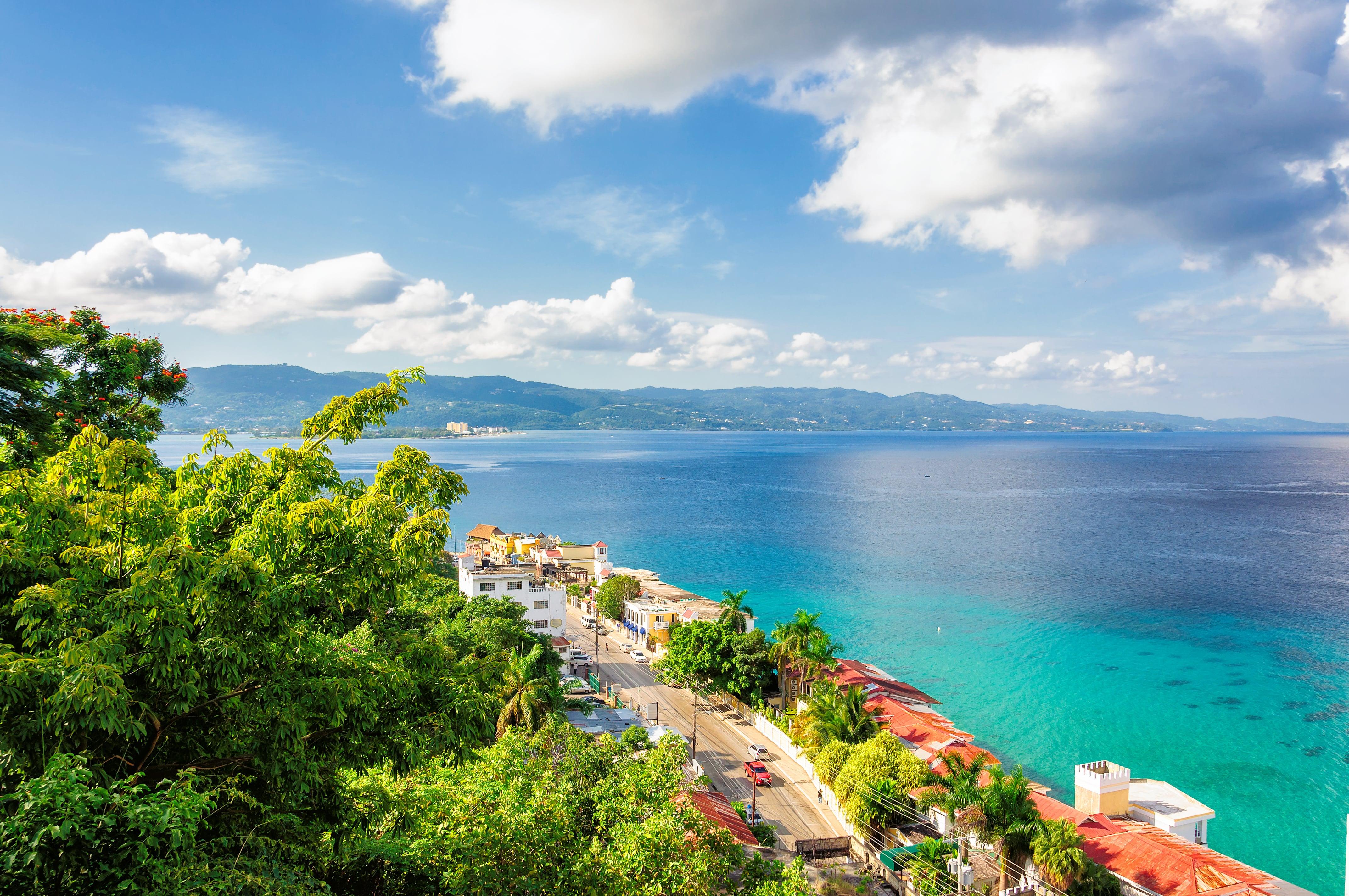 Montego- Bay-Jamaica01