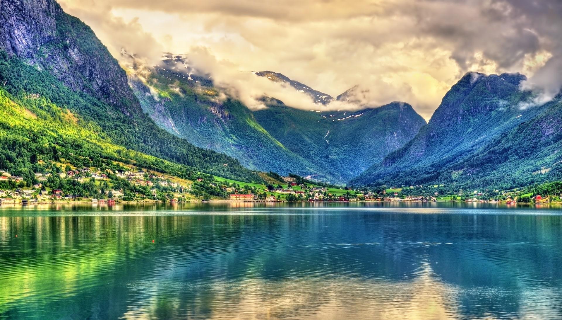 Nordfjord-Dusk-Norway