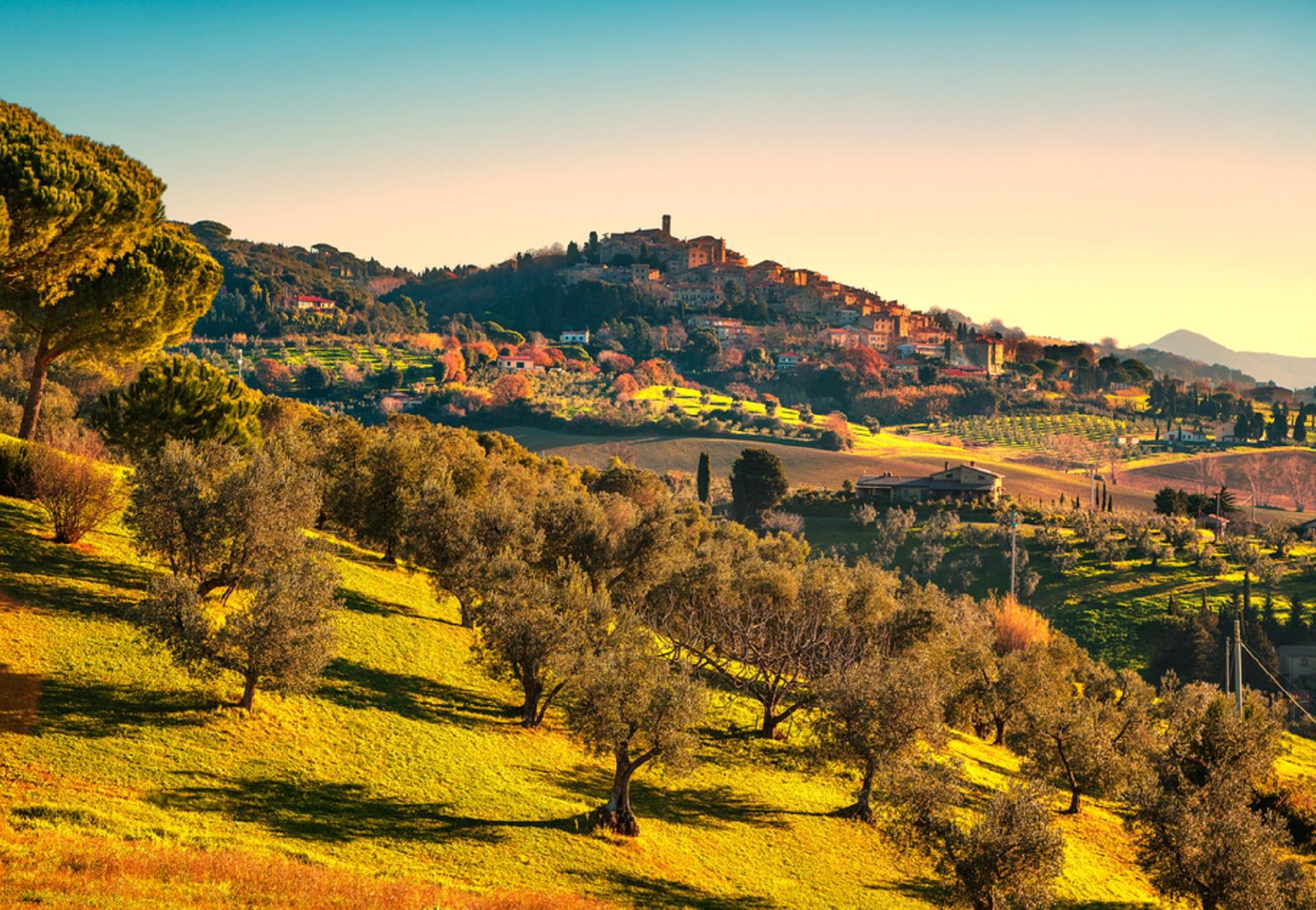 Tuscany, Italy_575712685