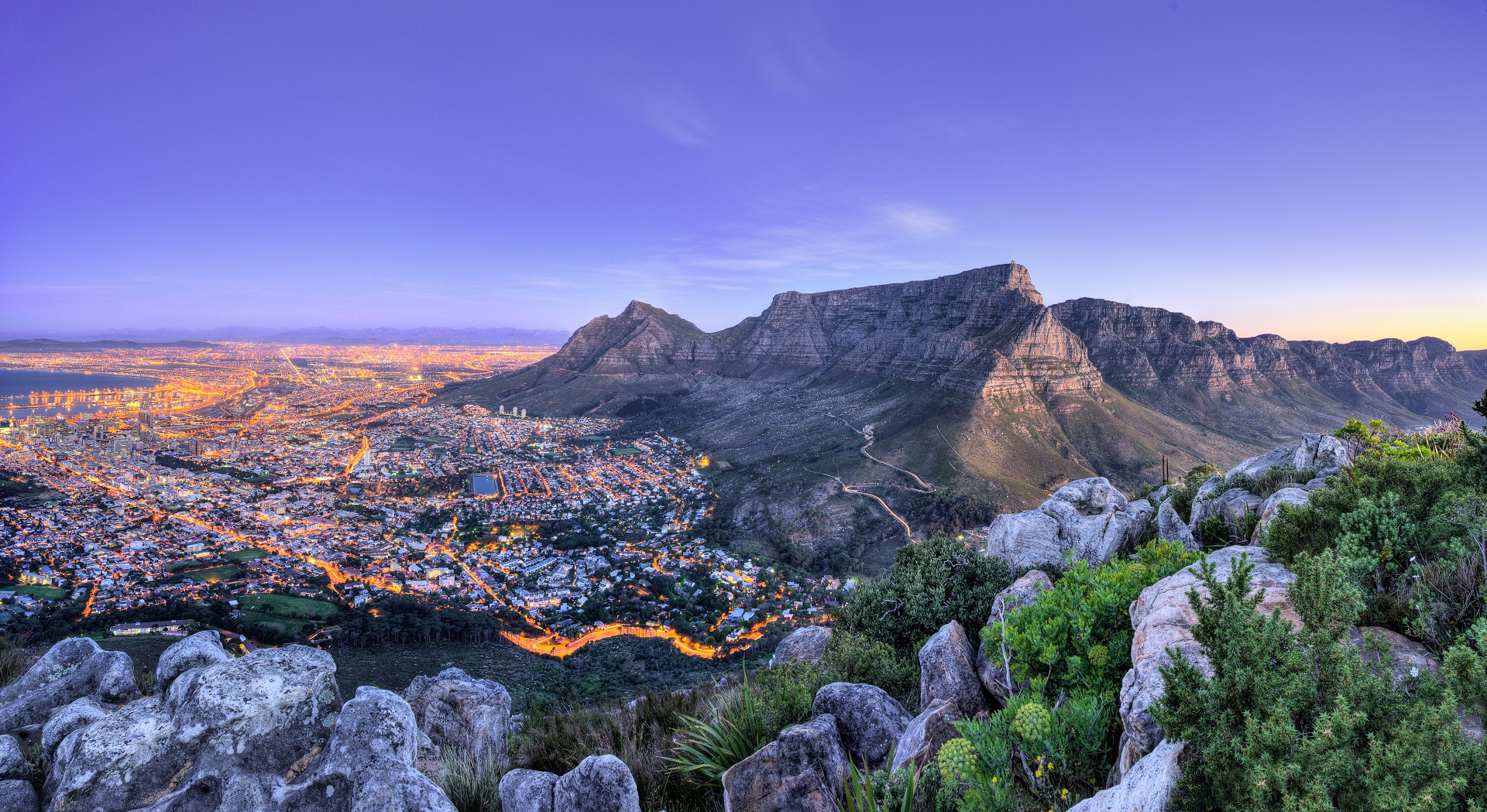 Cape Town, South Africa_165749363